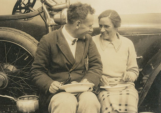 Francis and Isobel at Alness, 1928